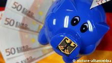 Sparschwein Euro Sparen Symbolbild Bundeshaushalt