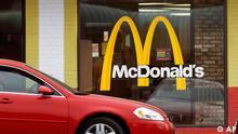 McDonalds McDonald`s Restaurant Drive In Auto