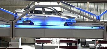 Spezialbild: Neues BMW-Werk in Leipzig