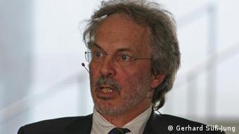 Namibia-Experte <b>Henning Melber</b> (Foto: Gerhard Süß-Jung) - 0,,15828855_404,00