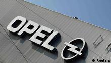 Deutschland Wirtschaft Auto Opel in Werk Bochum Logo