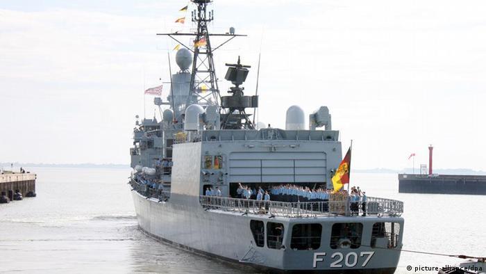 Fragata Bremen en la misión Atalanta de Somalia.