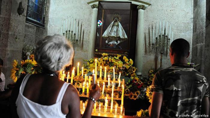 Warten auf den Papstbesuch in Kuba (Foto: Denise Koch/dpa )