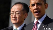 باراک اوباما در کنار جیم یونگ کیم، کاندیدای آمریکا برای تصدی ریاست بانک جهانی