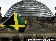 Кольори на прапорі Ямайки відповідають партійним кольорам ХДС, Зелених і Вільних демократів