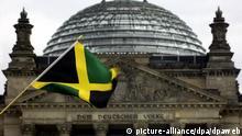 Jamaika Fahne vor Reichstag