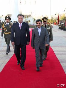 امامعلی رحمان و محمود احمدینژاد در دوشنبه پایتخت تاجیکستان، روابط ایران و تاجیکستان برخلاف سایر جمهوریهای آسیای میانه نسبتا گسترش یافت