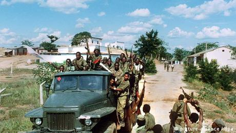 Angolan soldiers in 1992