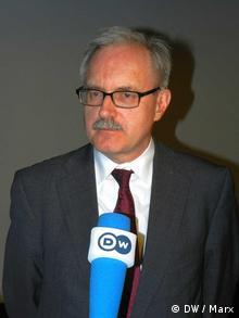 Der SPD-Abgeordnete und Nahost-Experte Günter Gloser im Interview mit DW am Rand einer Podiumsdiskussion in Berlin am 23.3.2012 Foto: DW