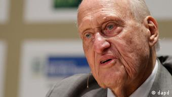 FILE - In this Nov. 22, 2010 file photo, Brazilian Joao Havelange, former FIFA president IOC member, speaks during an interview at the Soccerex Global Convention in Rio de Janeiro, Brazil. Havelange was admitted to Samaritano Hospital in Rio de Janeiro Sunday March 18, 2012. A doctor treating Havelange says the 95-year-old Brazilian was diagnosed with septic arthritis and remains in serious condition as he fights the grave bacterial infection. (Foto:Felipe Dana/AP/dapd)