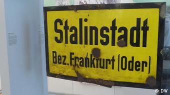 city sign with Eisnehüttenstadt's former name Stalin Stadt