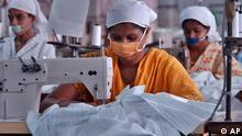 Bangladesch Textilarbeiterinnen in Dhaka