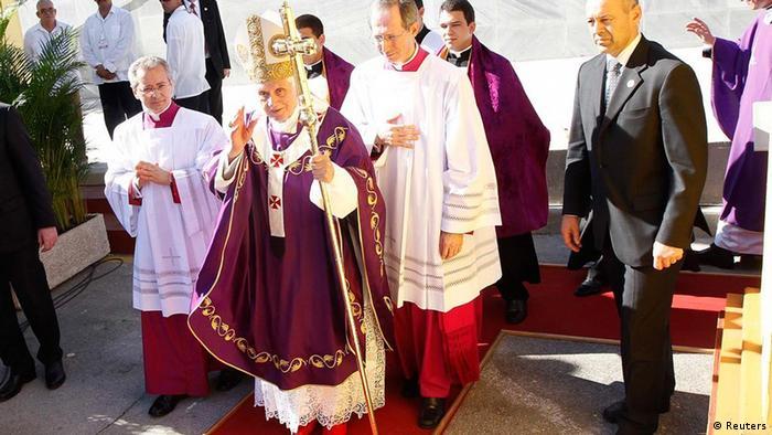 Llegada de Benedicto XVI a la Plaza de la Revolución de La Habana para celebrar misa