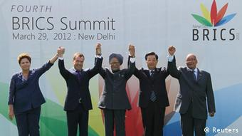 (L-R) Brazil's President Dilma Rousseff, Russian President Dmitry Medvedev, India's Prime Minister Manmohan Singh, Chinese President Hu Jintao and South Africa's President Jacob Zuma pose for a photograph during the BRICS summit in New Delhi March 29, 2012. (REUTERS/Yekaterina Shtukina/RIA Novosti/Kremlin)