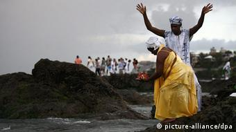 Devotees take part in rituals and offer gifts in celebration of Yemanja Day in Brazil. Photo: RAUL SPINASSE/AGENCIA A TARDE/AE