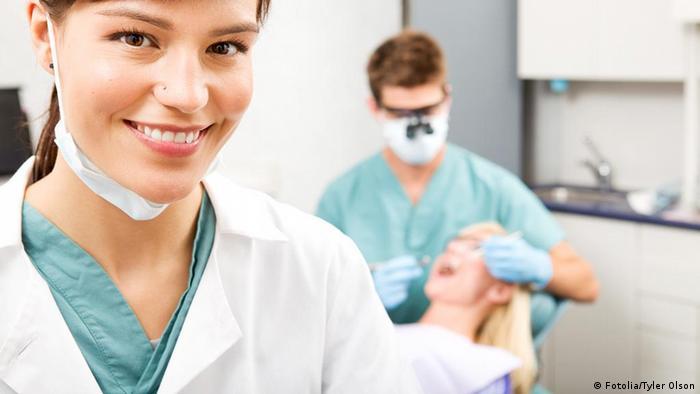 Врачи-терапевты и стоматологи