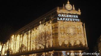 Frankreich Schaufenster Galeries Lafayette