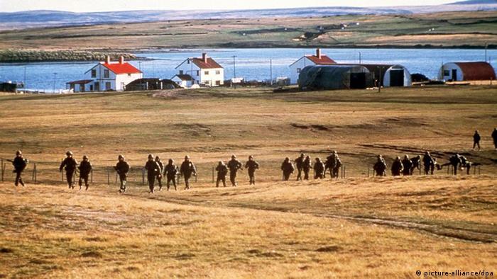Falklandkrieg Argentinische Truppen während einer Übung