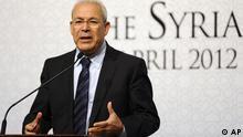 """برهان غلیون، رئیس """"شورای ملی مخالفان سوریه"""" در نشست دوستان سوریه در استانبول"""