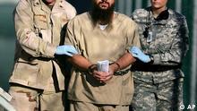 USA Guantanamo Gefangerner in Handschellen