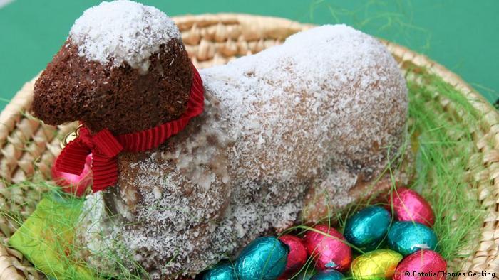 gebackenes Osterlamm (Kuchen) Foto: Thomas Geuking Portfolio