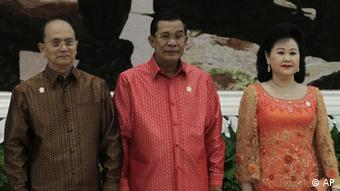 Cambodian Prime Minister Hun Sen posed with his wife Bun Rany and Myanmar's President Thein Sein