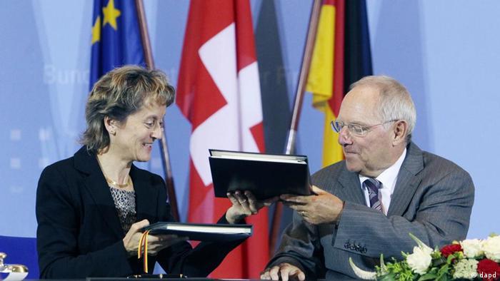 Wolfgang Schäuble und Eveline Widmer-Schlumpf