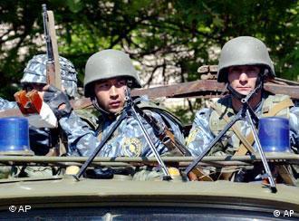 Soldaten der usbekischen Armee (Foto:ap)