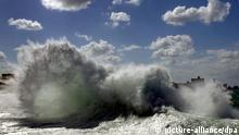 Kuba Große Wellen Hurrikan vor Havanna
