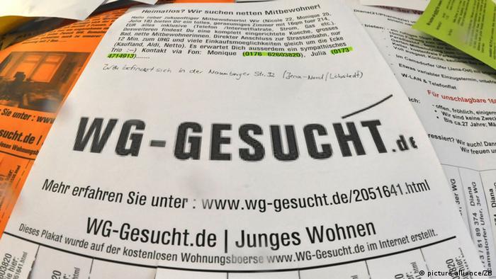 Eine Wohnungssuche-Anzeige (picture alliance/ZB)