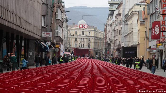 11.541 stolica za isto toliko mrtvih za vrijeme opsade Sarajeva
