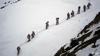 Pakistani troops on Siachen glacier