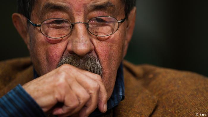 Günter Grass has published another volume of work in which he criticizes Israel. (Clemens Bilan/dapd)
