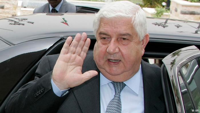 Syria's Foreign Minister Walid al-Moallem arrives at the Jordanian Foreign Ministry in Amman, Jordan, Monday, April 4, 2009. Walid al-Moallem is visiting Jordan for talks with Jordanian Foreign Minister Nasser Judeh and King Abdullah II on latest efforts to move forward the stalled Middle East peace process. (ddp images/AP Photo/Nader Daoud)