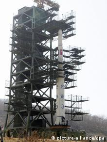 Photo taken April 8, 2012shows the Unha-3 rocket at its launch pad at the Sohae Satellite Station in Tongchang-ri, North Pyongan Province in the northwest of North Korea. In a rare move, Pyongyang allowed foreign media organizations, including Kyodo News, a firsthand look at preparations under way for what it says is the launch of a long-range rocket for putting a satellite into space, which is viewed by the United States and its allies as a disguised test of ballistic missile technology. Photo: MaxPPP/Kyodo pixel