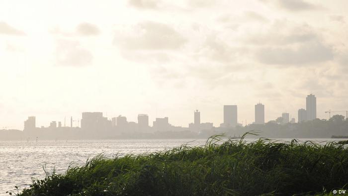 Die Skyline von Abidjan. Foto: Katrin Gänsler