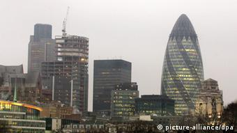 The distinctive egg-shaped highrise stands out among other buildings as London's skyline (Photo: EPA/Lindsey Parnaby)