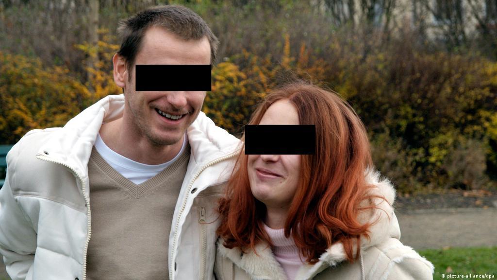 40 ενιαία dating βγαίνω με την αδερφή μου στον αδερφό μου.