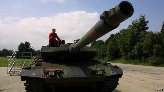 Panzer / Leopard 2 / Rüstung / Waffenhandel