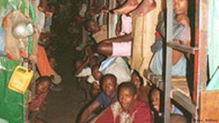 Prison surpeuplée au Rwanda (dpa - Bildfunk)