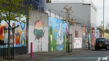 Die Mauer in Northumberland Street, Belfast (aufgenommen am 05.04.2012) *** Bilder von Joanna Impey, DW April 2012