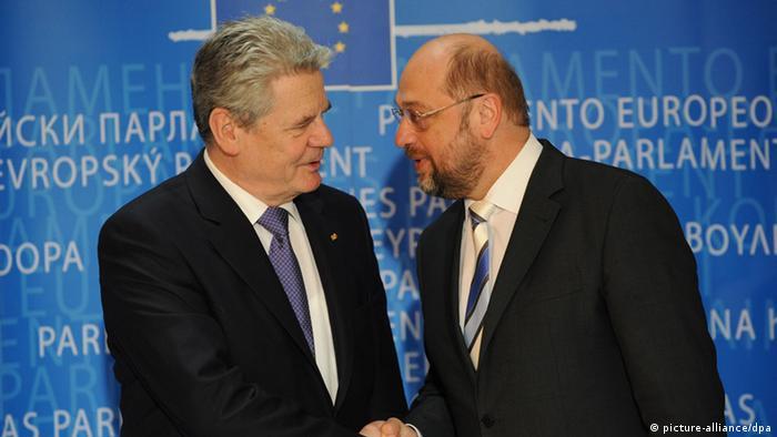 Bundespräsident Gauck und EU-Parlamentspräsident Schulz treffen sich in Straßburg (Foto: dpa)