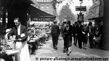 Frankreich Paris 1920 20er Jahre Straße Straßenszene Café