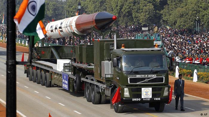موشک آگنی ۴ در هند