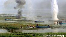 روابط میان چین، فیلیپین و ویتنام در هفتههای اخیر به دلیل حق مالکیت بر گروهی از جزایر در آبهای دریای جنوبی چین پرتنش بوده است