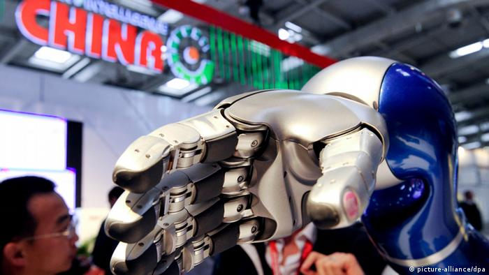 An artifical hand exhibited at the Hanover trade fair
