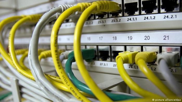 Symbolbild Internet Spionage Kriminalität Cyberangriffe