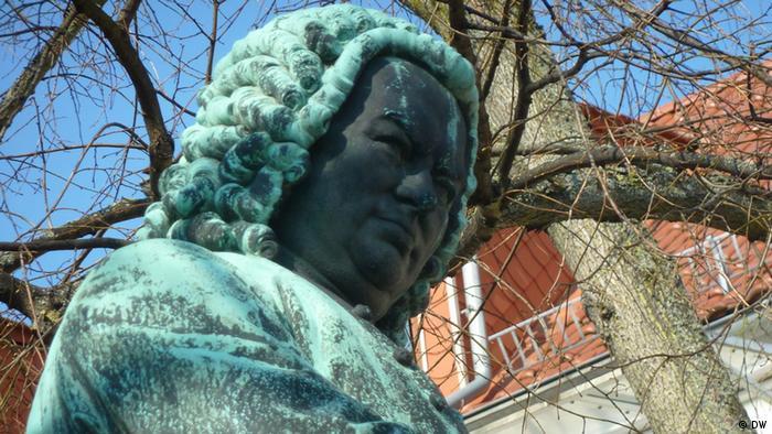Bachskulptur in Eisenach . März/April 2012, Eisenach. Zugeliefert von Suzanne Cords