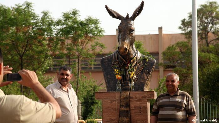 Esel Statue (Munaf Al-saidy)