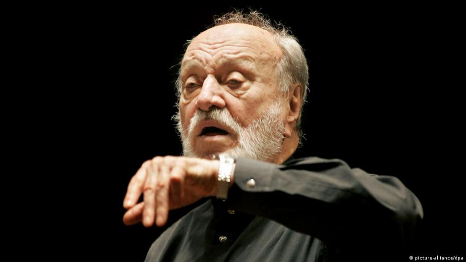 Listen: Kurt Masur conducts Beethoven's Symphony No. 8